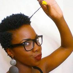 @oh_brandelah demonstrating the beauty of shrinkage!  #naturalhair #naturalista #curlyhair #kinkyhair #coilyhair #naturalhairinspiration #nhdaily #naturalhairdaily #naturalhairuk #bighair #washngo #bigchop