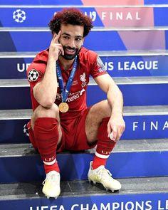 - @mosalah الدوري الأنجليزي ميلزمناش ، يا أما كأس الأذنين يا أما بلاش 😁🏆🎉 . #فولو_للصفحة_البديلة 👇 @salahiano  @mohamed.salah.loveers… Liverpool Fc, Salah Liverpool, Liverpool Players, Liverpool Football Club, Premier League, Liverpool You'll Never Walk Alone, Mo Salah, Club World Cup, Mohamed Salah