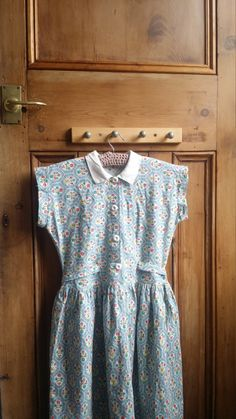 1950s teen dress t dresses floral retro vintage clothing peter pan collar xs clothes Dolly Topsy Etsy UK by DollyTopsyVintage on Etsy