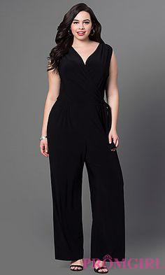 Shop long plus-size prom dresses and strapless gowns in plus sizes at PromGirl. Plus-size dresses for homecoming and plus special occasion gowns. Plus Size Black Dresses, Plus Size Cocktail Dresses, Plus Size Outfits, Cocktail Outfit, Long Cocktail Dress, Curvy Girl Fashion, Plus Size Fashion, Modelos Plus Size, Looks Plus Size