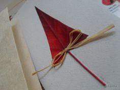 biglietti natalizi con foglie vere