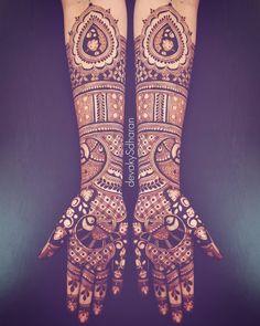 Ideas For Bridal Henna Mehendi Painting Art Mehndi Design Images, Bridal Mehndi Designs, Bridal Henna, Henna Designs, Indian Bridal, Simple Bridal Shower, Summer Bridal Showers, Bridal Shower Rustic, Henna Mehndi