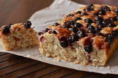 Vegan chia seed, lemon and blueberry cake | WanderingSpice.com   #summer #berries #wfmwinavitamix