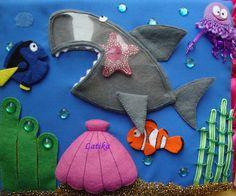 Эта морская страничка была сшита для книжки маленькой девочке Ульяне,  которая обожает акул и рыбку Немо. Идея прозрачной акулы - не...