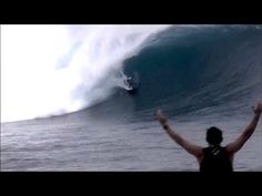 I kind of like a little challenge ounce in a while, this looks like a thrill.   God Bless All !!!  BEST BARREL EVER CLOUDBREAK VOLCOM MEGA SWELL Volcom Fiji Pro 2012
