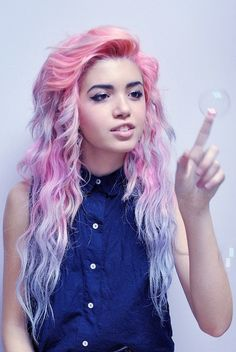 Blue & Pink Pastel Hair Color want her hair My Hairstyle, Pretty Hairstyles, Pink Hairstyles, Hairstyle Ideas, Purple Hair, Ombre Hair, Pink Purple, Pastel Pink, Light Purple