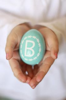 Source: Landeelu – www.landeeseeland … View full slideshow: DIY Easter Egg Ideas on www. Hoppy Easter, Easter Eggs, Easter Bunny, Easter 2015, Diy Monogram, Easter Parade, Easter Celebration, Easter Crafts, Easter Decor