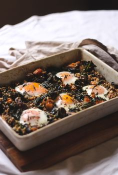 Baked eggs with sprouted buckwheat and smoked salmon || to her core