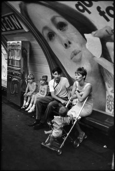 2000-lightyearsfromhome: Henri Cartier-Bresson FRANCE. Paris. Subway. 1968.