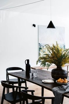 White Light Filled Home In The Blue Mountains Nsw White Dining Table Flowers Decor, White Dining Table, Table, Dining Room Design, Wooden Tables, Interior, Wooden Dining Tables, Kitchen Redecorating, Dining