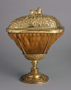 Cover cup of rhinoceros horn     late 16th century