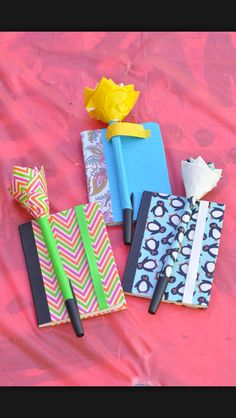 Making flower pens most teenage girls love and know how to do these cute pens it involves duck tape