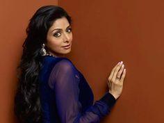 ஸ்ரீதேவியின் தலையில் குண்டை தூக்கிப் போட்ட மகள் ஜான்வி  http://tamil.filmibeat.com/news/when-jhanvi-dropped-bomb-on-her-mom-sridevi-046950.html … #sridevi #jhanvikapoor #bollywood #ஸ்ரீதேவி #பாலிவுட்