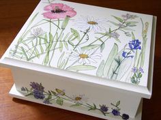 Upscale Cottage Painted Farmhouse Wood Box by BetweenTheWeeds,