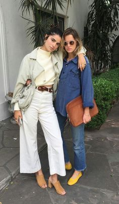 El Estilo De Denim Ultra Cool Que Está Reemplazando A Nuestros Skinny Jeans - Do It Yourself Fashion Mode Outfits, Fall Outfits, Summer Outfits, Fashion Outfits, Womens Fashion, Fashion Tips, Fashion Trends, Fashion Styles, Fashion Websites