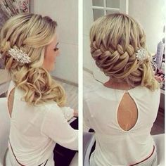 half up half down with side bride