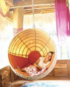 the boo and the boy: Hanging chairs/swings in kids' rooms #HangingChair