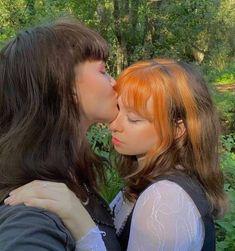 Cute Lesbian Couples, Lesbian Love, Cute Couples Goals, Couple Goals, Gay Aesthetic, Couple Aesthetic, Girlfriend Goals, Teen Romance, Photo Couple