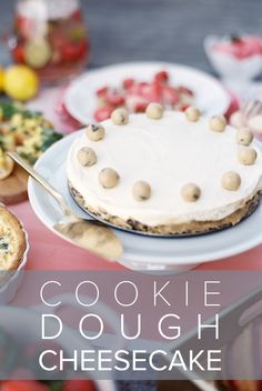 Does mom have a big sweet tooth? She'll love this over-the-top cheesecake filled with bits of cookie dough layered on top of a buttery, graham cracker crust. Cookie Dough Cheesecake, Chocolate Cheesecake, Cheesecake Recipes, Holiday Desserts, Easy Desserts, Dessert Recipes, Buttery Biscuits, Cookies Et Biscuits, Yummy Treats