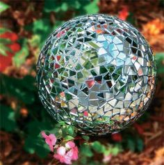 garden party mosaic spheres....I need one of these...or two!    #candigardenparty