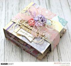 album / card christmas pink pastels 60´s look Kaisercraft Christmas Wishes Mini Album Tutorial by Alicia McNamara