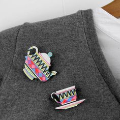 {'tea pot & cup'} geometric brooch set