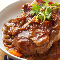 Osso Bucco is an Italian comfort food that is traditionally prepared with veal shanks, but also works well with beef shanks. Check out this delicious recipe! Italian Dinner Recipes, Italian Dishes, Italian Cooking, Slow Cooking, Budget Cooking, Vegetarian Cooking, Easy Cooking, Cooking Tips, Cooking Joy