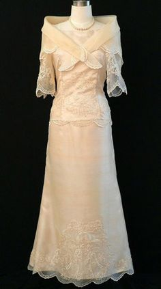 Filipiniana Gown #6023 This beautiful baro at saya will help you turn heads at any formal party! The femnine design, elegant embroidery, and a floor length skirt will keep you feeling elegant all night long! #BarongsRUs #Filipiniana