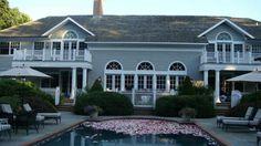 Rose petals in the pool <3
