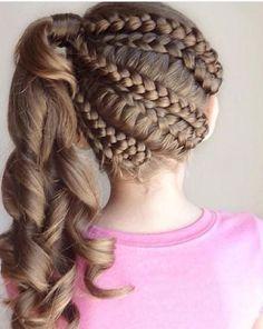 Party Hairstyles for girls - Peinados de Fiesta para niñas Little Girl Braid Hairstyles, Little Girl Braids, Girls Braids, Braided Hairstyles, Party Hairstyles, Cool Hairstyles, 1940s Hairstyles, Dance Hairstyles, Beautiful Hairstyles