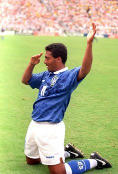 Romario, World Cup 1994 Football Icon, Football Is Life, World Football, Sport Football, Vintage Football, Fifa World Cup, Football Players, Ronaldo, Superstar