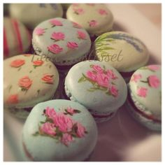 hand painted macarons | Cookie Connection