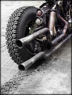 Harley Bobber Chopper : Photo #harleydavidsonbobbersratbikes #harleydavidsonbobberscustomchoppers #harleydavidsonchoppersbikes