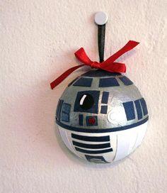 Star Wars R2D2 Holiday Christmas Ornament. $18.50, via Etsy.