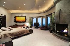 Modern mansion..LOV this open space!