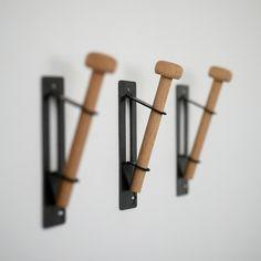 Single Hook by Pedersen Lennard