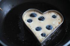 Blueberry Buttermilk Pancakes / Cmarové Lievance s Čučoriedkami