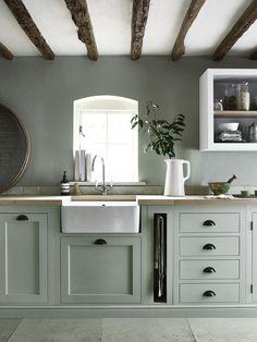 Henley kitchen hand-painted in Sage