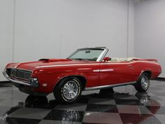 You want a convertible at the end of 60. years with proper portions and interesting performance since? And what do you say to this Mercury Cougar XR7 Convertible, 1969?