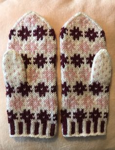 Knit Mittens, Mitten Gloves, Projects To Try, Knitting, Handmade, Crafts, Inspiration, Runes, Fingerless Gloves