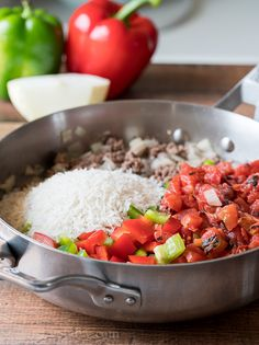 Brown hamburger in a skillet with some onion, garlic and then toss in diced bell peppers and tomatoes. Beef Steak Recipes, Meat Recipes, Mexican Food Recipes, Dinner Recipes, Healthy Recipes, Hamburger Recipes, Quick Recipes, Amazing Recipes, Diabetic Recipes