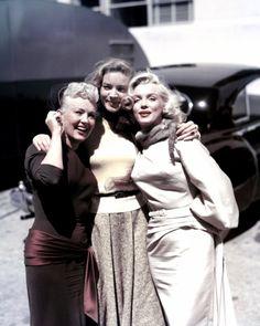 """TRIO DE CHARME (Marilyn MONROE, Betty GRABLE et Lauren BACALL) dans le film """"How…"""