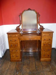 Magnificent Walnut Dressing Table Antiques Atlas