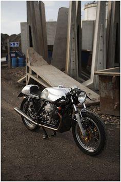 Moto Guzzi 850 T3 6 Moto Guzzi 850 T3. Guzzi's seem perfect for customising.