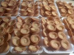 Easy Tart Recipes, Baking Recipes, Cookie Recipes, Snack Recipes, Dessert Recipes, Desserts, Milktart Recipe, Mini Tart Shells, Kos