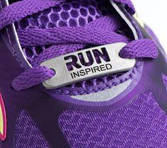 CARRERA inspirada  etiqueta de la zapatilla regalo para