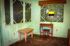 Reading table in room La Choza del Manglar Puerto Jimenez, Osa Peninsula Costa Rica #vacation #family #fun