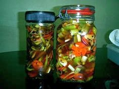 adobongblog: Atcharang Sili (Pickled Pepper) Atchara Recipe, Appetizer Salads, Appetizers, Filipino Recipes, Filipino Food, Canning Pickles, Meals For One, Mason Jars, Spices
