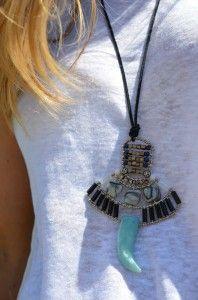 Marc Jacobs Bracelet, Africa Necklace, Louis Vuitton Shoes, Zara Tops, Tassel Necklace, Aztec Prints, Detail, Blog, Louis Vuitton