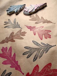 oak leaf stamp on a new painters drop cloth = great fall / thanksgiving tablecloth. Stamp Printing, Printing On Fabric, Screen Printing, Stamp Carving, Fabric Stamping, Metal Stamping, Handmade Stamps, Tampons, Linocut Prints